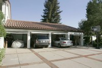 3_car_garages_the_new_trend_in_southern_